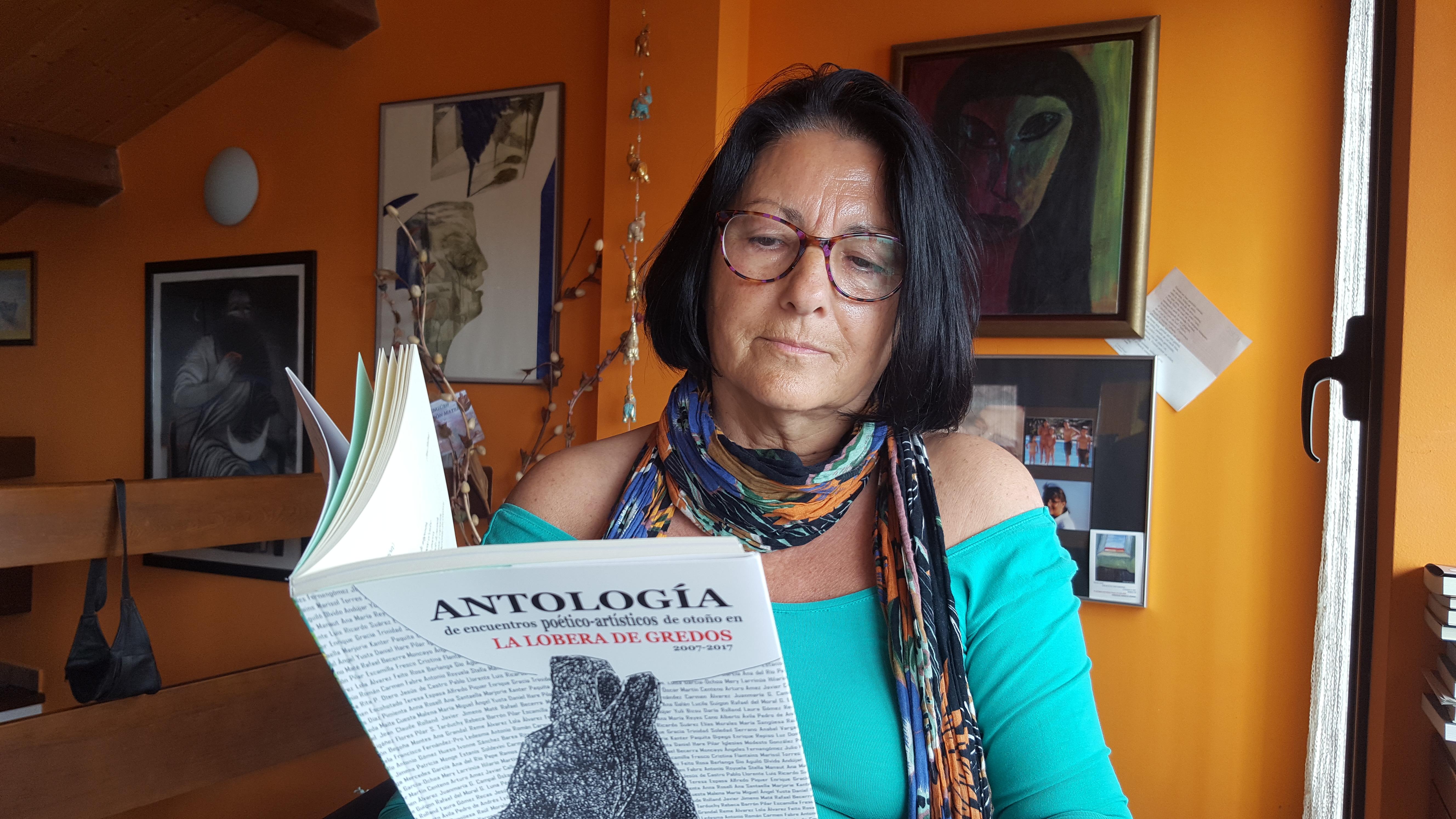 La escritora y poeta Anna Rossell